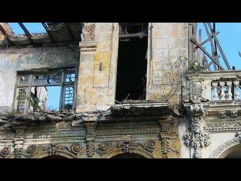 Cuban Buildings Crumbling, explanation by an architect
