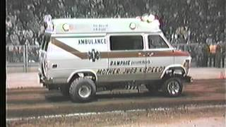 Mother Jugs & Speed 2WD Pulling Ambulance