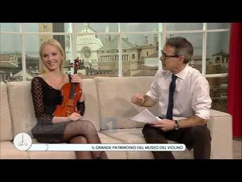 A Ore12  Fausto Cacciatori e la violinista Anastasiya Petryshak