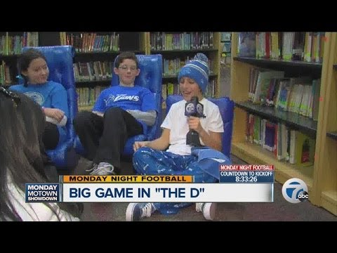 """""""Blue Out"""" to support Lions at West Maple Elementary School"""