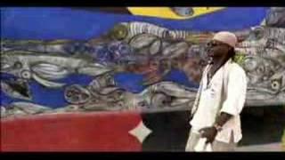 Pio Leyva followed by a Havana street Rumba