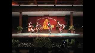 TARI  KABARESI MALUKU. By Kharisma Nusantara