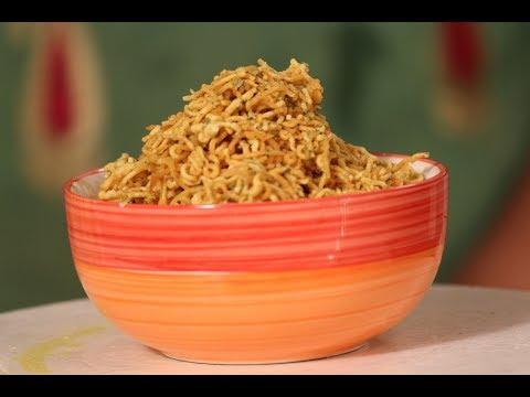 Aloo Bhujiya   Diwali Special Recipe   Sanjeev Kapoor Khazana