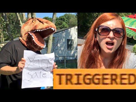 TRIGGERSAURUS YARD SALE FAIL! TOYSRUS SHOPPING FOR WWE TOYS FAN MEET UP!