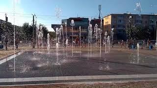 10.08.2018 Ачинск. Заработал новый фонтан на площади ДК