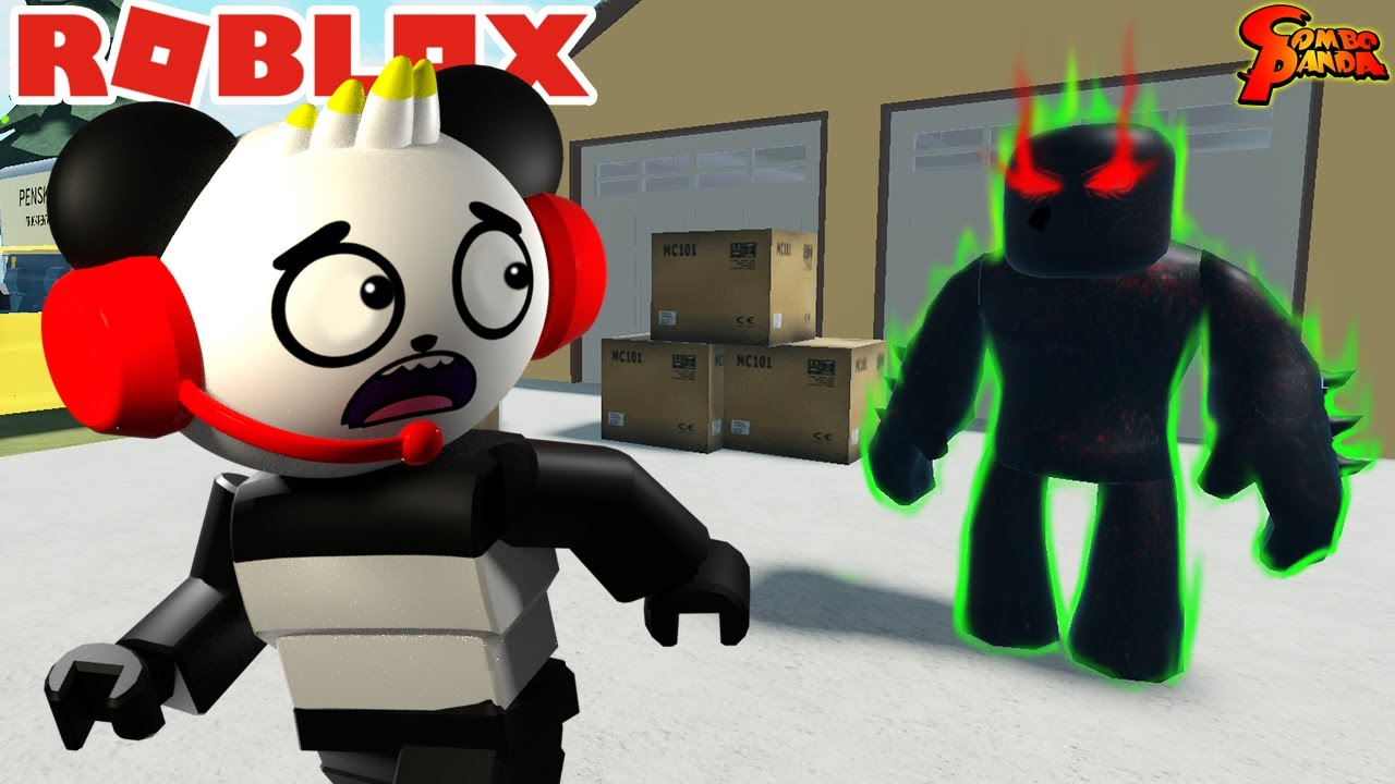 MOVING DAY AT SCARY HOUSE IN ROBLOX ! Let's Play Roblox with Combo Panda