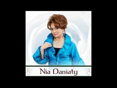 Nia Daniaty - Kasihku Di Manado