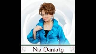 Nia Daniaty Kasihku Di Manado