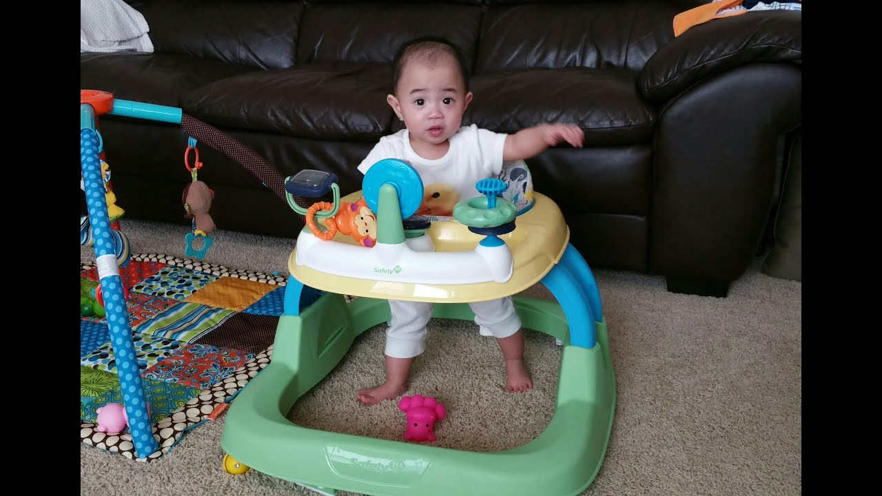 Safety 1st Ready Set Walk Walker with Fussy 8 Month Old