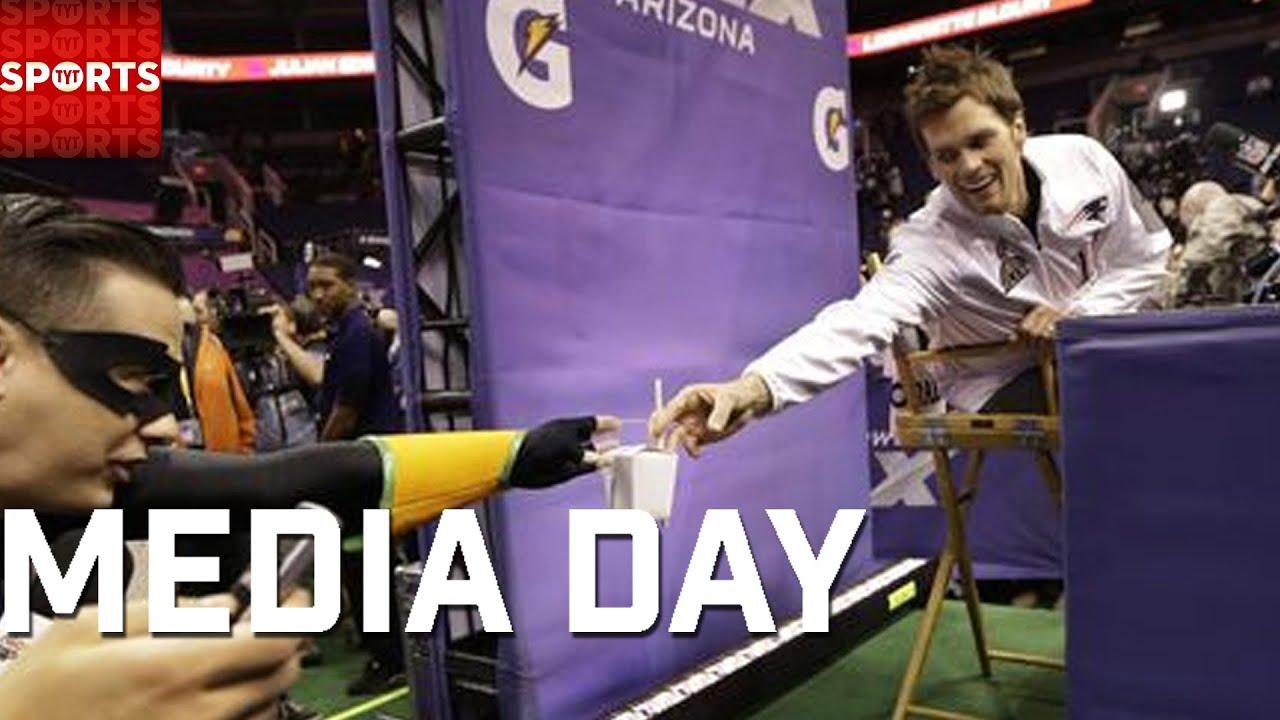 fd0d701b3 Super Bowl 49 Media Day Highlights