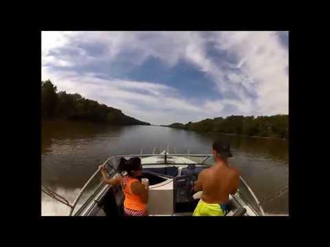 Timelapse Boat trip down the Illinois River Morris IL 9-27-2014