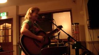 Viva la Sauna Svedese performed by Sarah Knowles 19,2,2014