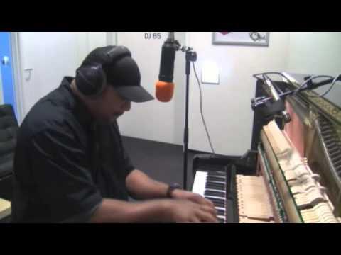 Frank McComb - A Song For You (Zwarte Lijst Cover van Donny Hathaway)