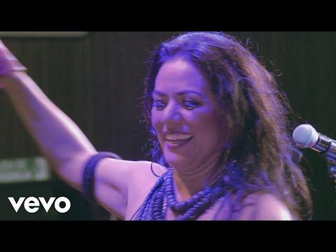 Lila Downs - Mezcalito (Concierto en Vivo)