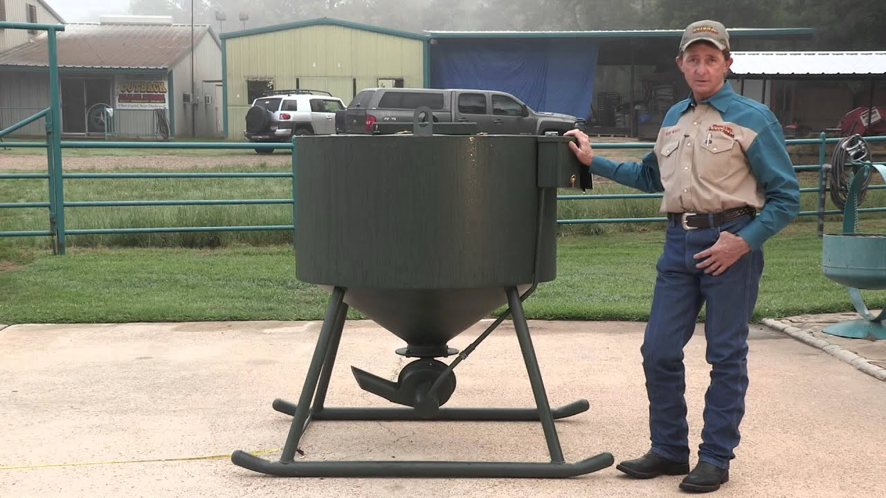 unit volt fish directional motor spintech feeders products fullsizerender seed shop spreaders hunting salt feeder deer wildlife