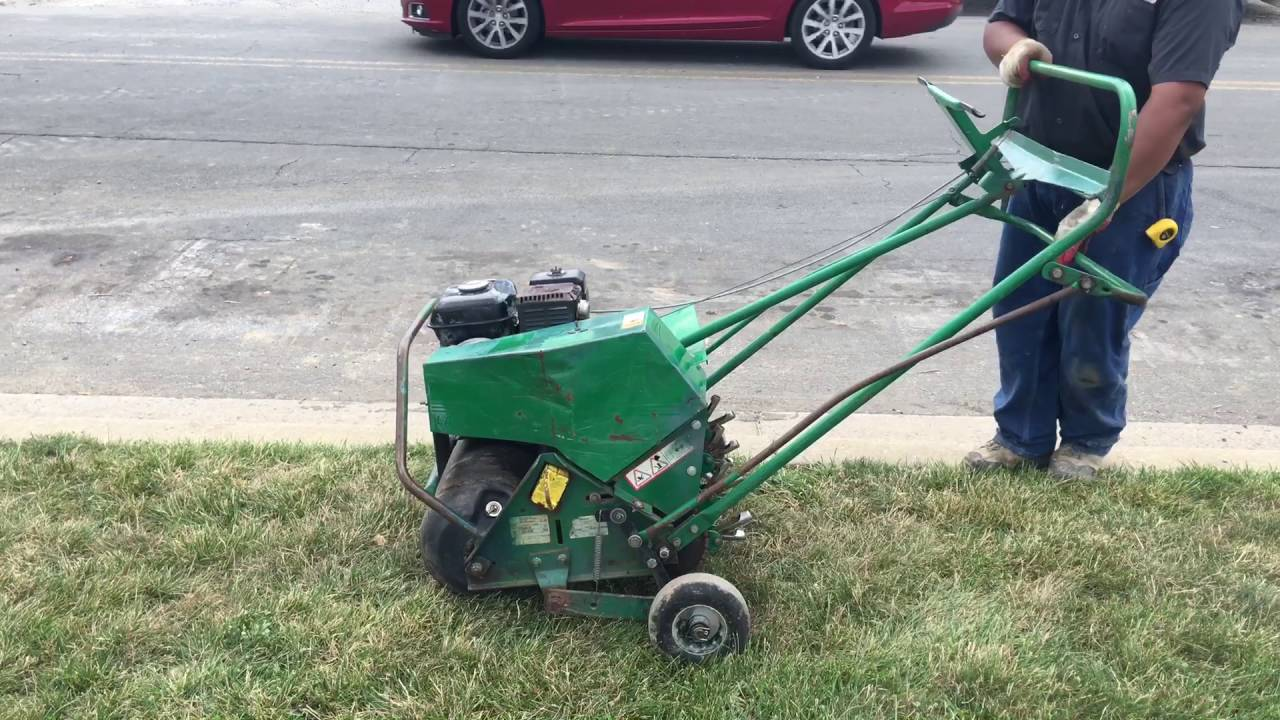 Lawn Aerator For Sale >> Ryan Lawnaire V Lawn Aerator For Sale Youtube