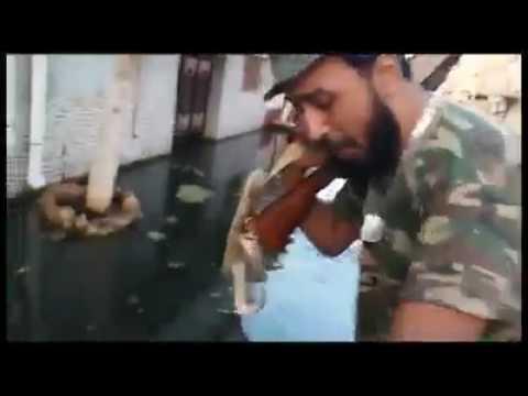 لحظة القبض على داعشي مصري الجنسية داخل محور الصابري | بنغازي thumbnail