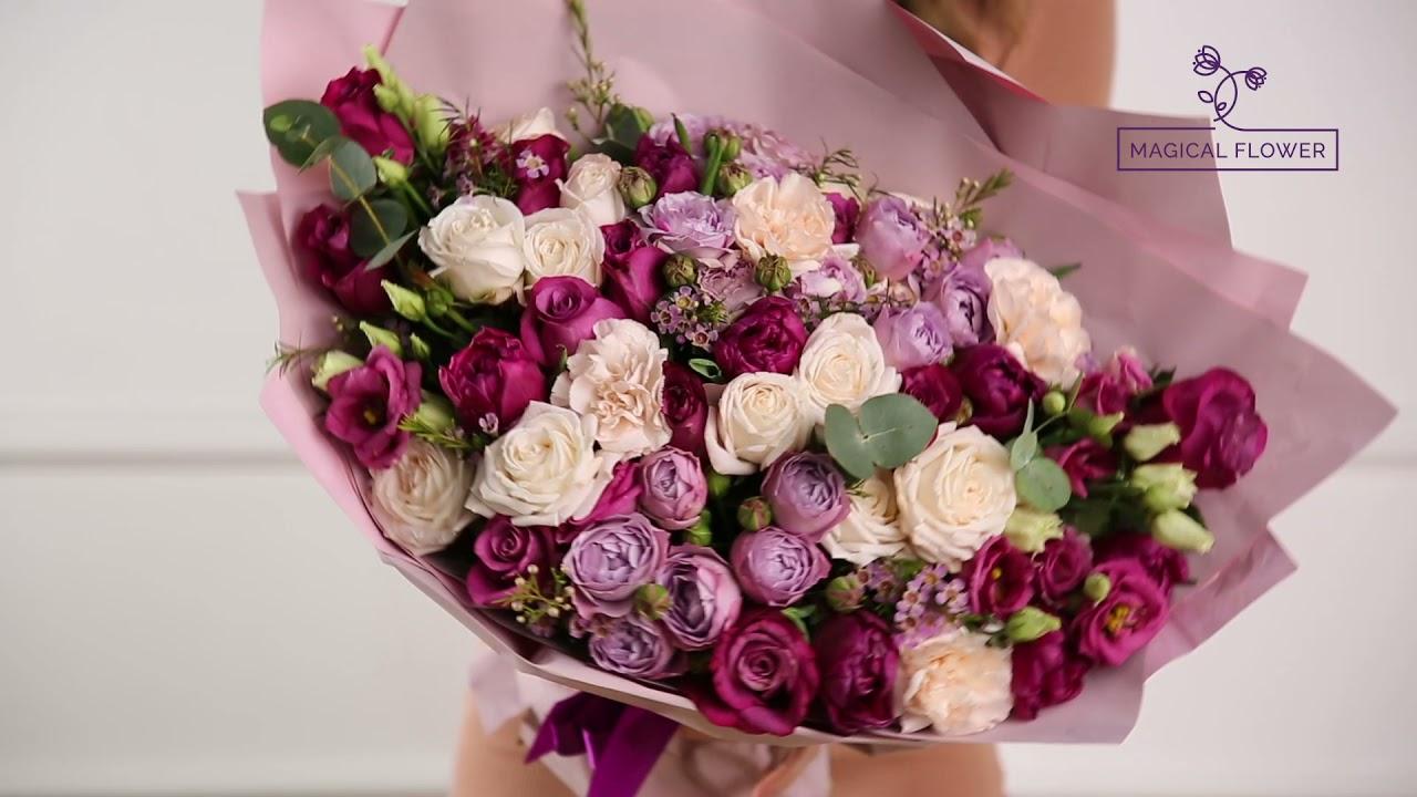 Букет из роз, тюльпанов, гвоздик и эустом