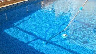 Limpeza da piscina, só com clarificante e cloro