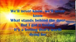 David Guetta - Lovers on the Sun lyrics