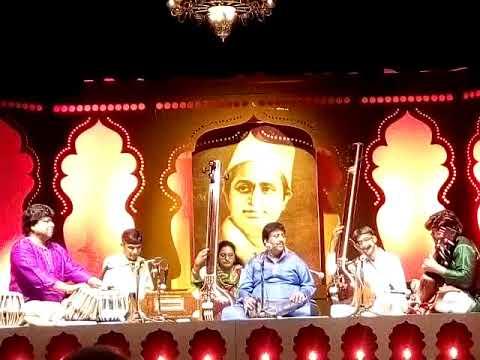 Ustad Rashid Khan Thumri - Ka Karoon Sajni Aaye Na Balam