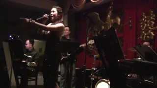 Besame Mucho [Liên Khúc Tekno] - Thu Phương & Kenny Brother's Band
