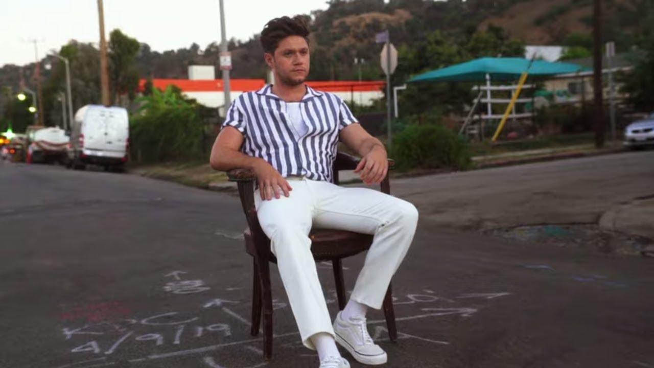 Arti Lirik dan Terjemahan Niall Horan - Bend the Rules