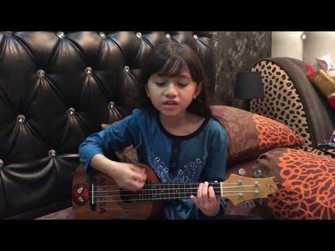 Ainul Mardhiah cover by Alyssa Dezek