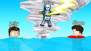 SURVIVE The GIANT TORNADO In ROBLOX! (Natural Disasters)