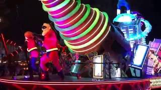 "LIVE from Disney California Adventure - Paint the Night Parade with new ""Incredibles"" float!"