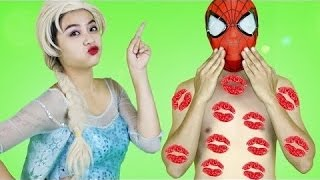 Everybody kisses SPIDERMAN!! Sexy Frozen Elsa and many SUPERHEROES!