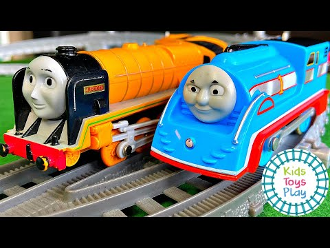 Thomas & Friends The Great Race TOMY Vs Trackmaster