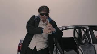 全盲のミュージシャン加藤秀幸のドキュメンタリー。光を感じたことのない加藤が映画制作に打ち込む姿を追う。監督を務めるのは『INNERVISION...
