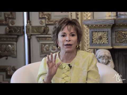 """Isabel Allende sobre Venezuela: """"Los gobiernos pasan. Los países y la gente quedan"""""""