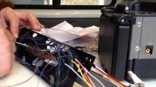 Сварка оптоволокна в муфте МОГ-С(В данном видео мы врезаем 16 волоконный кабель в рабочую магистраль (муфта уже была установлена ранее). Снима..., 2015-03-06T20:06:11.000Z)