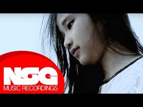 Frozen - Let it Go (Indonesian Version)