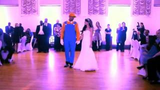 Repeat youtube video Best Wedding Dance Ever: Super Mario Surprise