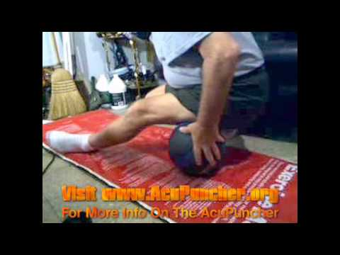 How To Relieve Hip Pain Fast with Acupressure ...