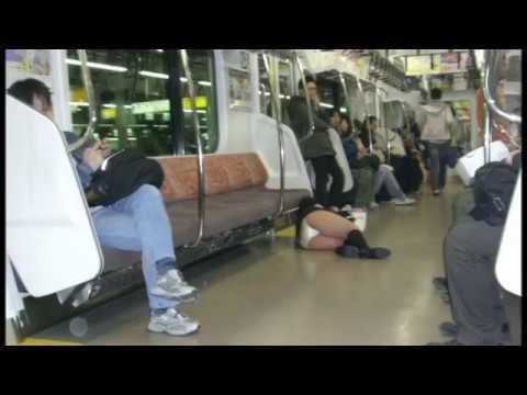 女子高生(JK)たちの電車内でのクセがすごいんじゃ!