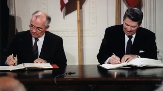 Who Really Ended the Cold War? The United States and the Soviet Union, 1983-1990 (1991)