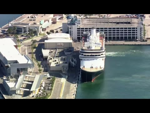 Coronavirus-hit cruise ships finally dock in Florida