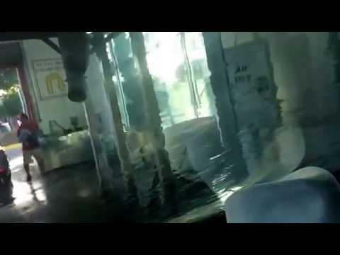 Kelly ass and titties wash yo yo dirty car - YouTube