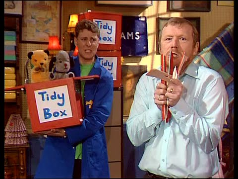 Sooty and Co S04E10 - Tidy Box (with Paul Zerdin - Winner of America