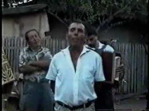 Lautari entertain with a song