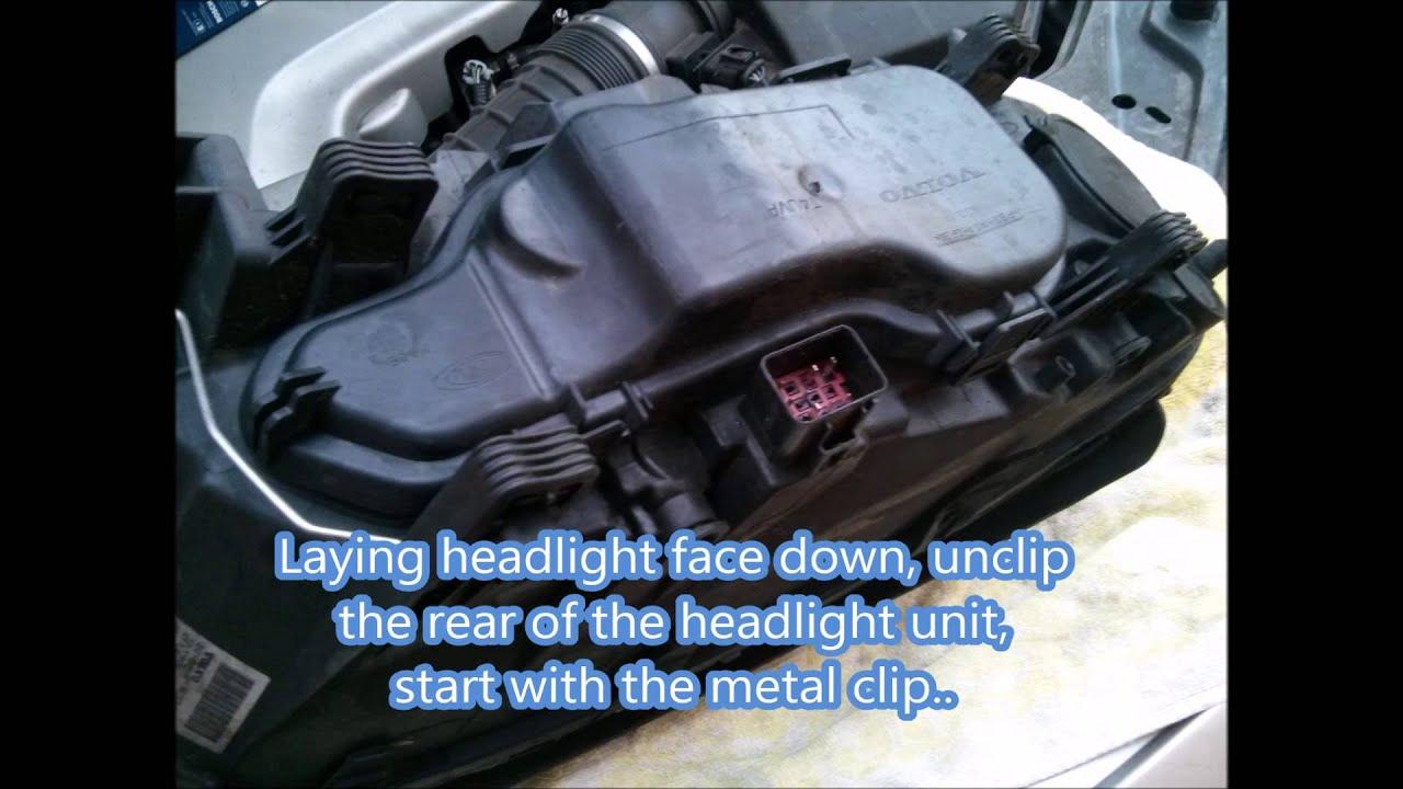 Volvo Xc70 Headlight Bulb Replacement