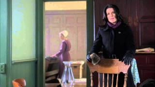 Neve Campbell stars in An Amish Murder and we have the scoop on her!