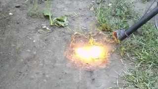 4000 вольт, проба. Электрическая дуга. 4000 volts, the sample. The electric arc.