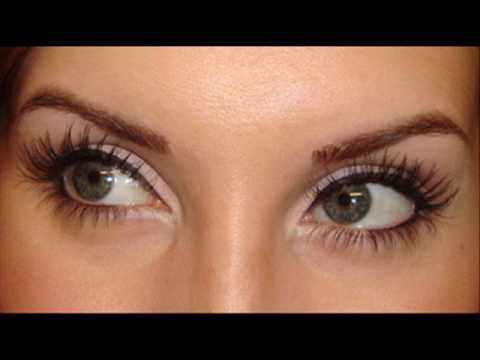 Bright Eyed Makeup Applying Liquid Liner Youtube