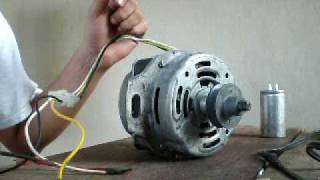 Induction motor, 1 phase, manual start removing capacitor.