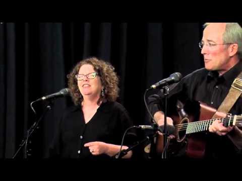 Mollie O'Brien & Rich Moore perform
